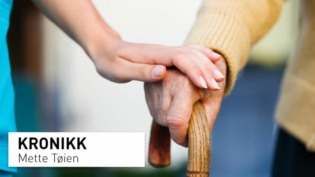 – Forebyggende hjemmebesøk er en tjeneste som koster relativt lite, men som kan bidra til å opprettholde eller øke eldres helse og livskvalitet i tillegg til å utsette behov for mer omfattende helse- og omsorgstjenester, skriver kronikkforfatteren. (Foto: Shutterstock / NTB Scanpix)