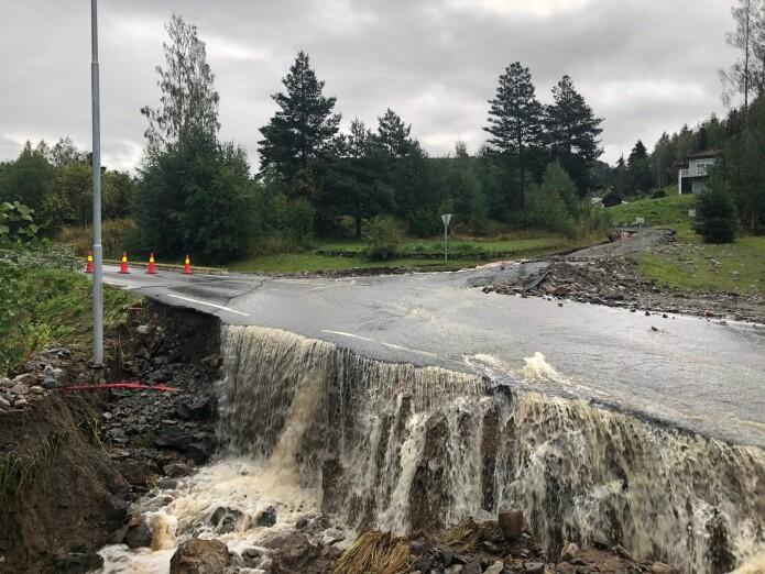 I august 2019 førte store nedbørsmengder til flom og oversvømmelse i Brumunddal.