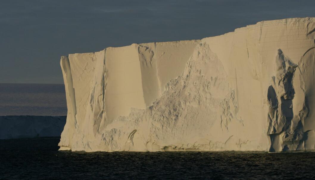 Getz Ice Shelf smelter med økende hastighet. Men denne veggen forsetter flere hundre meter nedover i vannet og forhindrer instrømming av enda mer varmt vann.