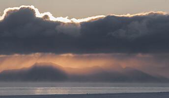En enorm atmosfærisk virvel kan være årsaken til Svalbards iskalde start på 2020