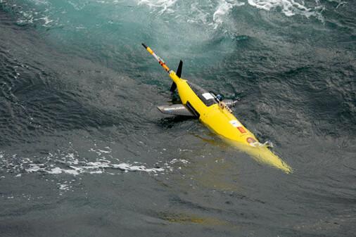 Møt roboten som flyg under isen i Barentshavet