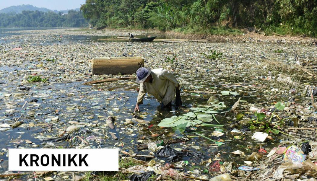 Elven Citarum i Indonesia er en av verdens mest forurensede, men likevel er 30 millioner mennesker avhengig av den. Flere millioner tonn plast transporteres med verdens elver ut til havet hvert år.