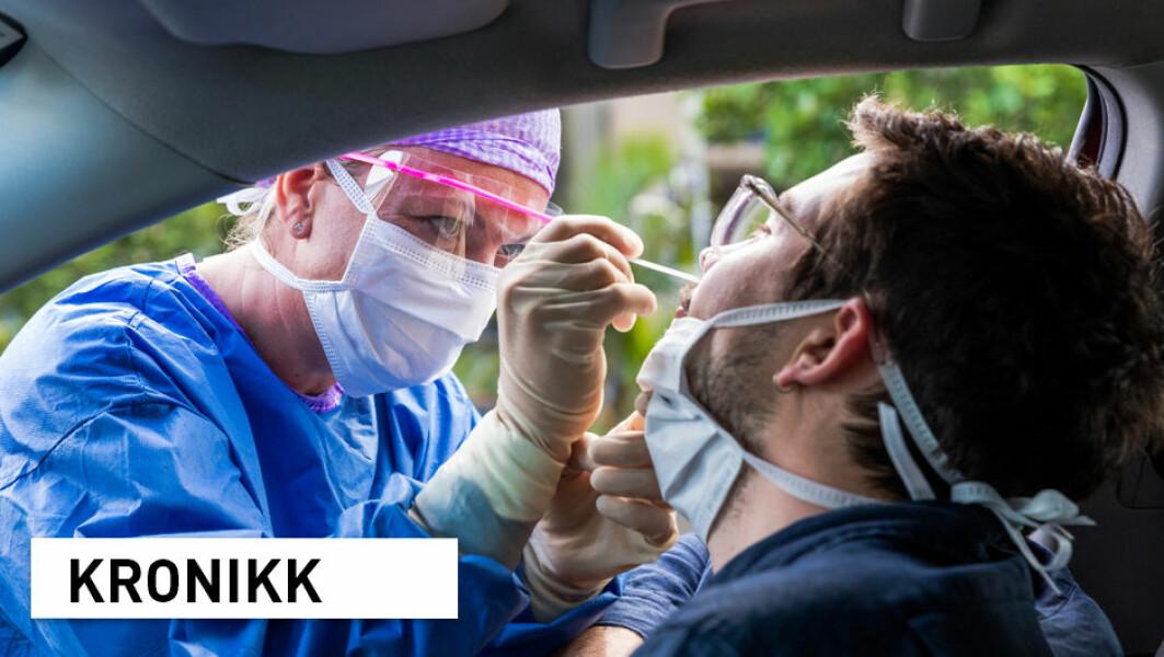– Det finnes mange teknologier, vaksiner, medisiner og tester på ulike norske universiteter, høyskoler og sykehus som venter på muligheten til å bli produsert, skriver forskerne.