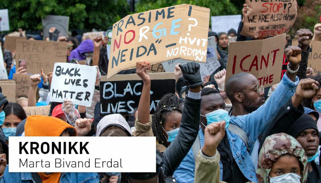 Politidrapet på George Floyd og demonstrasjoner i USA og her i Norge har vært preget av en polarisert debatt. Debatten om begreper og den vitenskapelige tilnærmingen til rasisme har også blitt unødvendig polarisert, skriver kronikkforfatteren. Her fra Black Lives Matter-demonstrasjonen i Oslo i 2020.