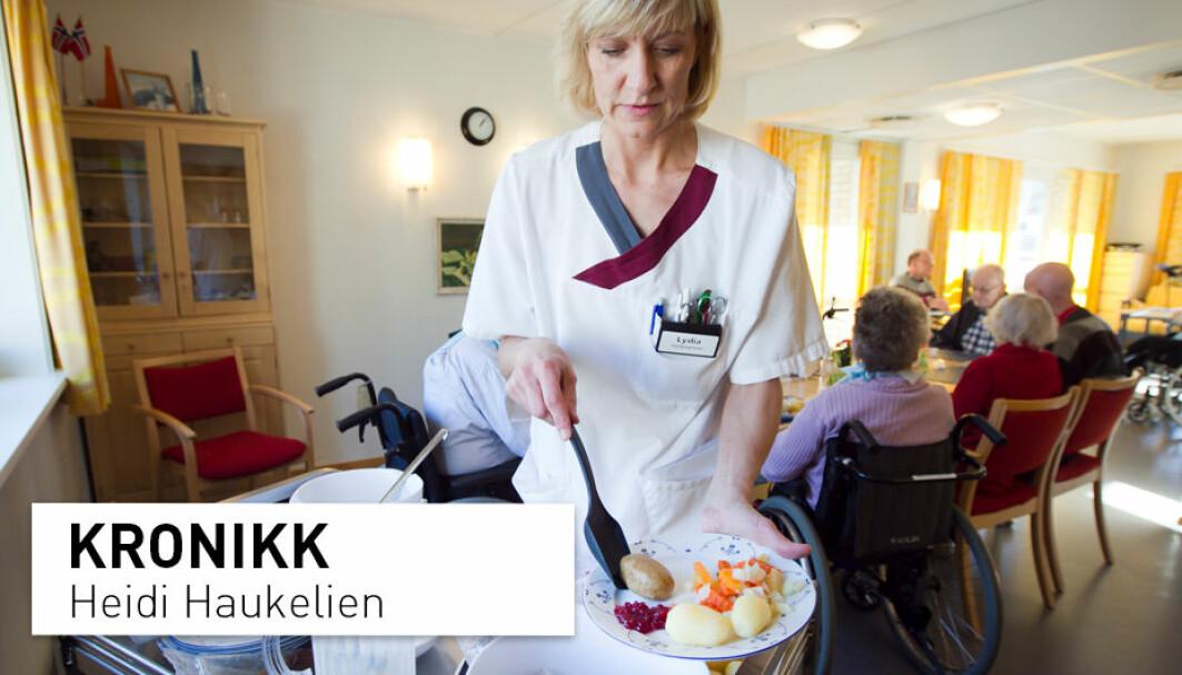 Få nyutdannede sykepleierne drømmer om å jobbe i den kommunale eldreomsorgen. Dette handler om de dårlige arbeidsvilkårene. De har sett i praksis hvordan sykepleierne får ansvar for altfor mange pasienter, og det skremmer dem, skriver Heidi Haukelien.