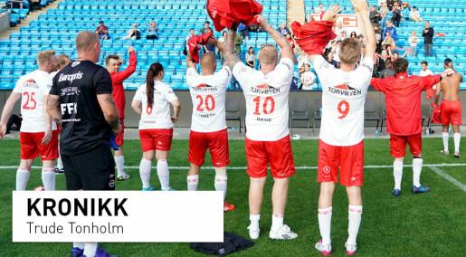 10 år med Gatelaget:Fyller tiden med fotball i stedet for rus