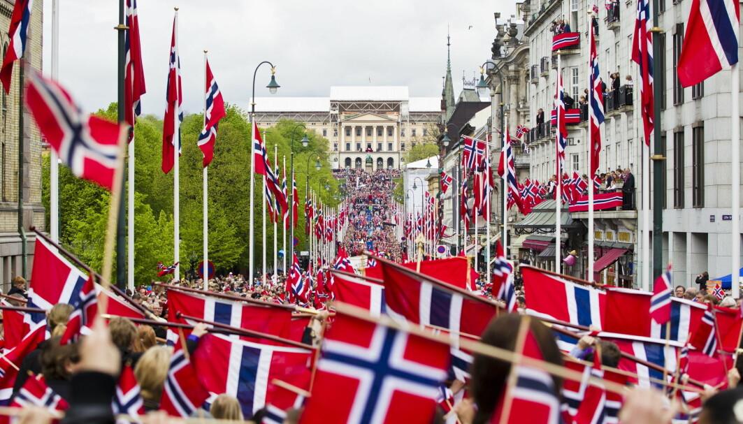 Spørsmål om norskhet og nasjonal identitet kan være kontroversielt og politisk vanskelig for byråkrater å mene noe om, forteller forskere ved PRIO og Universitetet i Oslo.