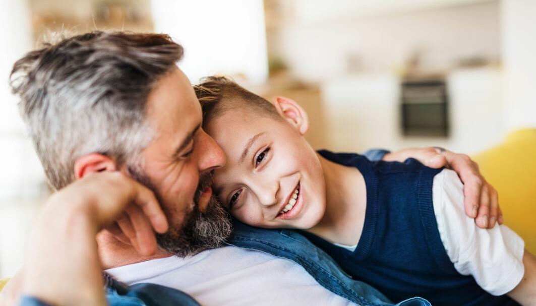 Fedres emosjonelle støtte ser ut til å være av stor betydning for atferdsvansker, viser foreløpige funn fra norsk forskning på barneoppdragelse.