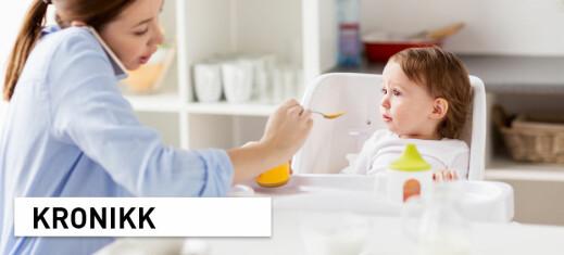 Sjekker du mobilen og svarer på et par mail mens smårollingen spiser?